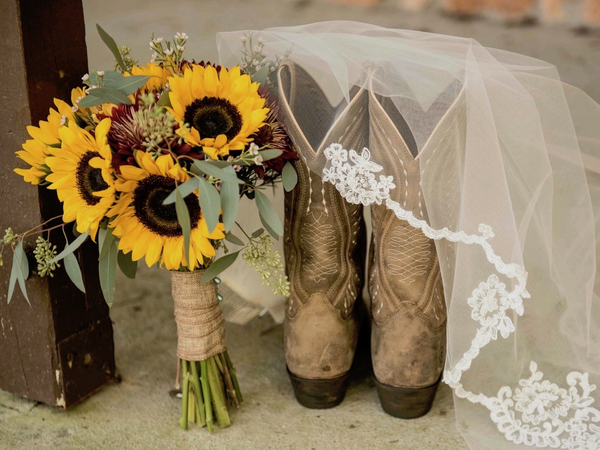 Bridal Bouquet, Veil and Boots