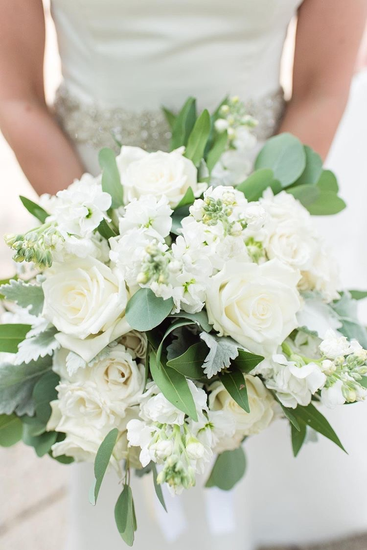 White and Ivory Bouquet
