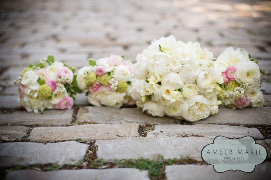 Laurie's Bouquets