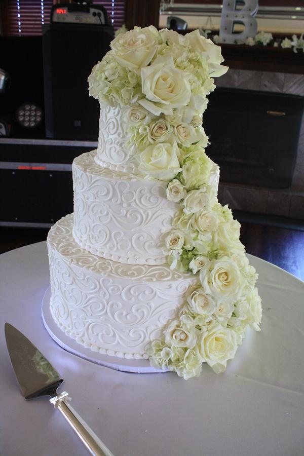 Cake Flowers Cascade