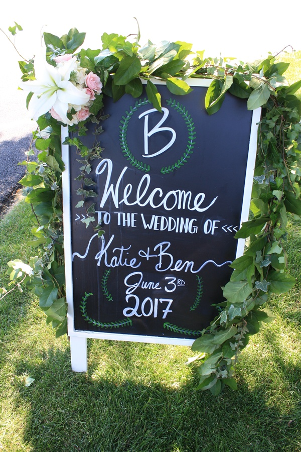 Pittsburgh Flowers Welcome Sign Decor